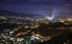 Pemandangan Kota Wisata Batu Malang Jawa Timur di Malam Hari