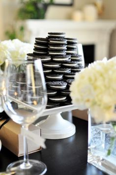 Cute Oreo Cookie Centerpiece