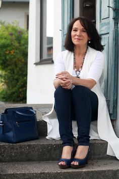 Dressing up jeans and a white t-shirt