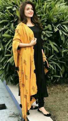 Excited to share this item from my shop: VeroniQ Trends - Black Anarkali Dress with Chanderi Silk Dupatta. Women Dresses for all occassins to buy online Salwar Designs, Kurta Designs Women, Kurti Designs Party Wear, Dress Designs, Indian Fashion Dresses, Dress Indian Style, Indian Outfits, Fashion Outfits, Fashion Weeks