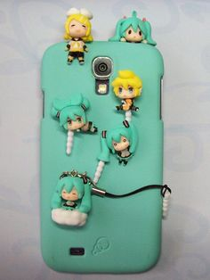 Adorable ♥ kagamine rin, kagamine len and hatsune miku phone case :D Accessorized! I am totally going to get one of these.