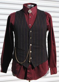 Steam up your Halloween with these steampunk costume ideas for women and men. You can either play it safe and pick a complete costume like our favorites below, Steampunk Vest, Mode Steampunk, Style Steampunk, Steampunk Costume, Steampunk Clothing, Steampunk Fashion, Steampunk Festival, Style Vintage Hommes, Cool Outfits