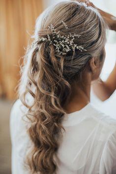 Elegant Rustic Kourawhero Estate Wedding » Paper + Lace Wedding Hair And Makeup, Bridal Hair, Hair Makeup, Wedding Paper, Our Wedding, Hair Product Organization, Paper Lace, Bride Accessories, Engagement Couple