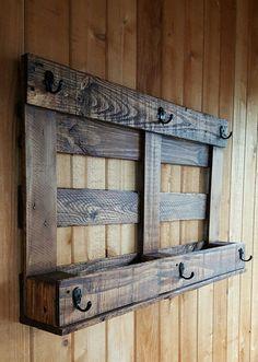 50 ideas for hat rack ideas diy closet doors Diy Hat Rack, Hat Hanger, Hat Racks, Diy Wood Projects, Wood Crafts, Woodworking Projects, Woodworking Chisels, Woodworking Classes, Wooden Pallet Projects