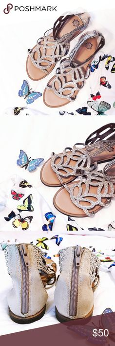 🦋Yellow box rhinestone sandals✨ BEAUTIFUL 🦋✨🦋✨🦋✨ sandals from Yellowbox worn once!!! Back zipper✔️I say butterfly design because the sandal reminds me of a butterfly detail ☺️ gold size 7 1/2 offers welcome✌🏼no trades thank you Yellow Box Shoes Sandals