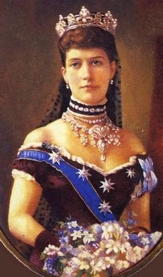 "Queen Alexandra ""Alix"" (Alexandra Caroline Marie Charlotte Louise Julia) (1844-1925) Denmark wife of King Edward VII (Albert Edward ""Bertie"") (1841-1910) Prince of Wales, UK in the Rundell tiara in its full form. The Rundell Tiara was her 1st gift from Prince Albert Edward, Prince of Wales, UK & she wore it at her wedding."