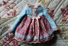 Ooak Blythe dress by Iriscustom by aline8 on Etsy