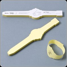 Post it notes you can wear.  The classy, adult version of writing on your hand.