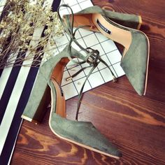 Pointed Back Strap High Square Heels Shoes