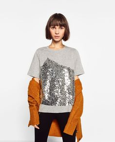 CONTRAST SEQUINNED T-SHIRT