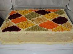 Torta Salgada de pão de forma com cenoura e azeitonas