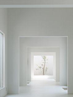 Minimalist Home Organization Mom minimalist interior architecture design.Boho Minimalist Home Small Spaces. Interior Design Examples, Interior Design Minimalist, Interior Design Magazine, Minimalist Decor, Modern Minimalist, Minimalist Kitchen, Minimalist Living, Minimalist Bedroom, Simple Interior