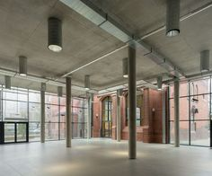 Sport And Leisure Building At High School - Picture gallery