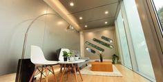 *조립건축 james law cybertecture develops the alpod - a mobile home for the future :: [오사] Futuristic Interior, Modern Interior, Interior Design, Architecture Details, Modern Architecture, Modular Structure, Diy Holz, Mobile Home, Rustic Interiors