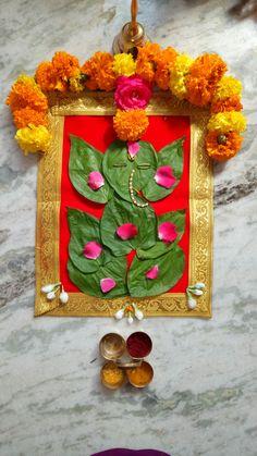 Very Easy Rangoli Designs, Rangoli Designs Flower, Rangoli Designs Diwali, Flower Rangoli, Simple Rangoli, Diwali Decorations, Festival Decorations, Flower Decorations, Eco Friendly Ganesha