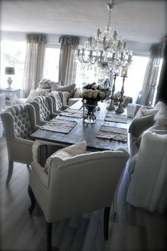 Get a light color to your dining room. See more home design ideas and inspirations here: http://www.delightfull.eu/
