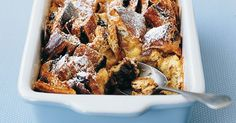 Traditional bread and butter pudding is given a luscious French make-over by using chocolate croissants. Nice recipe for the custard Trifle Pudding, Pudding Pies, Bread And Butter Pudding, Banana Pudding, Pudding Recipes, Dessert Recipes, Desserts, Bread Puddings, Dessert Ideas