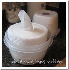 Ingredientes:     - Uma vasilha deplásticocom tampa e de preferência translúcida, pois as transparentes fazem mofar o...