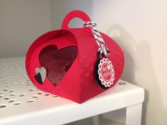 This is a project from my valentines class using the curvy keepsake box thinlit.