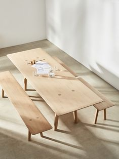 Foster+Partners launches range of solid wood furniture - Modern Furniture Modern Wood Furniture, Industrial Design Furniture, Simple Furniture, Refurbished Furniture, Furniture Layout, Plywood Furniture, Sofa Furniture, Shabby Chic Furniture, Furniture Plans