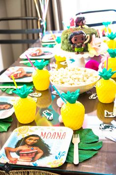 Throw an epic Moana Birthday Party with a Te Fiti cake, Pineapple favors, moana slime and a bit of heaven from the south pacific.