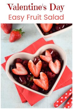 Easy Valentines Day fruit salad recipe - great fun and healthy Valentines food for kids Easy Meals For Kids, Healthy Eating For Kids, Kids Meals, Healthy Snacks, Healthy Recipes, Fruit Salad Recipes, Baby Food Recipes, Dessert Recipes, Food Art For Kids
