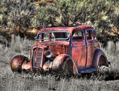 Abandoned old car