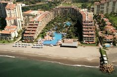 Located on Banderas Bay, the Velas Vallarta Suite Resort Puerto Vallarta is just a quick walk from the beach, as well as a popular 18-hole golf course and area landmarks. The Velas Vallarta Suite Resort Puerto Vallarta is only two miles from the Puerto Vallarta International Airport, which is only a few minutes by car. Guests of the hotel will find that they are only a short distance from the downtown area of Puerto Vallarta as well, and they will be able to use public transportation or…