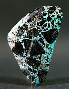 Spider Web Carlin Turquoise by LostSierra Minerals And Gemstones, Rocks And Minerals, Pierre Turquoise, Beautiful Rocks, Mineral Stone, Rocks And Gems, Turquoise Gemstone, Healing Stones, Stone Jewelry