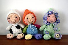 Muñecos Amigos Dormilones Amigurumi - Patrón Gratis en Español aquí: http://losenredosdelyanne.blogspot.com.es/2014/08/patron-amigurumi-amigos-dormilones.html