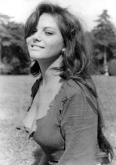 Claudia Cardinale.... belísima