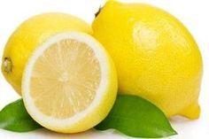 Bere acqua calda e limone al mattino dà numerosi benefici per la vostra salute, infatti sono alimenti pieni di vitamine e minerali come la vitamina C, A, B1, B6, magnesio, bioflavonoidi, pectina, a…