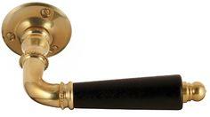 Dörrtrycke Næsman 195 mässing är ett gammaldags dörrhandtag sent 1800-tal & tidigt 1900-tal. Välkommen till Sekelskifte och våra klassiska dörrhandtag!
