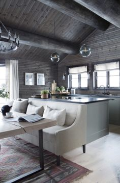 42 Inspiring Home Interior Cabin Style Design Ideas. Rustic charm is something that has gotten a lot of press lately. Some people like. Modern Cabin Interior, Home Interior, Interior Design Living Room, Cabin Homes, Log Homes, Construction Chalet, Cabin Chic, Cabin In The Woods, Cabin Interiors