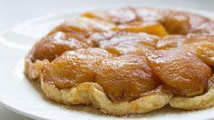 Pretty apple tart - easy and fun to make.