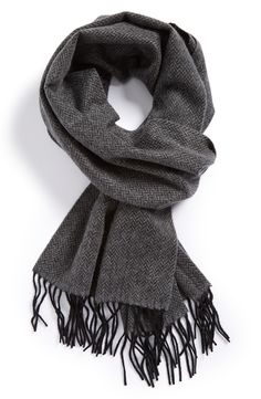Men's fashion | Finish off a winter outfit with a cashmere scarf.