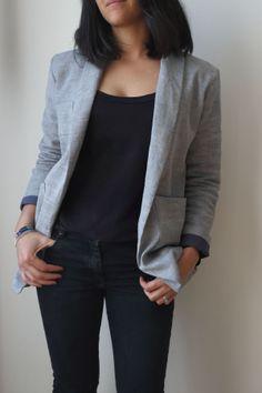 Michelle de République du chiffon en coton chevrons bleu gris Coin Couture, Couture Sewing, Inspiration Dressing, Clothing Patterns, Sewing Patterns, Dress Making Patterns, Dressmaking, Casual, Autumn Fashion