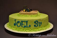 Joelin traktorikakku Desserts, Food, Tailgate Desserts, Deserts, Essen, Postres, Meals, Dessert, Yemek