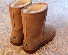 sheepskin  UGG boots !! http://www.winterboots2013.com