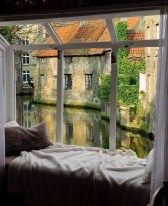 I want a house with a window seat to sit and read and enjoy the beautiful view. Future House, My House, Beautiful Homes, Beautiful Places, Cozy Nook, Window View, Window Seats, Through The Window, House Goals