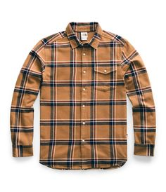 Soft, heavyweight flannel button-down shirt for just the right amount of warmth. -Standard fit -Soft, heavyweight flannel -Center front button closure -Adjustable button cuffs -Button-closure pocket on left chest -Internal locker loop Plaid Shirt Outfits, Mens Flannel Shirt, S Shirt, Plaid Shirts, Flannels, Shirt Sleeves, Long Sleeve Shirts, Graphic Tees, Hoodies