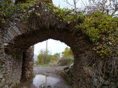 Publicamos la preciosa aldea de Renanué en Huesca.
