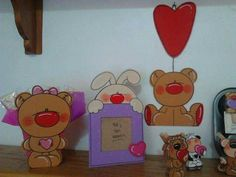 Cute Crafts, Diy And Crafts, Free Motion Embroidery, Cartoon Pics, Valentine Gifts, Paper Art, Decoupage, Country, Projects