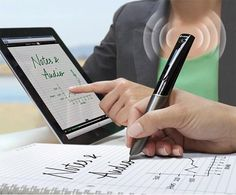 While you write notes, this pen digitally saves your notes and records audio // Livescribe Smartpen