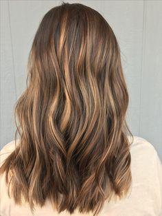Hand painted #hairbyashleytaylor #balayage #fallhair #carmelhighlights #carmel #highlights #brownhair