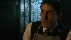 Gotham Season 2, Robin Taylor, Riddler, Lord & Taylor, Penguins, Beautiful People, Sad, Batman, King