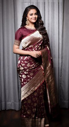Keerthy Suresh in a beautiful banaras saree. Love the color of this saree! Her jewellery from (ofc! Styled by Shravya Varma. Kanjivaram Sarees, Silk Sarees, Saris, Organza Saree, Indian Dresses, Indian Outfits, Silk Saree Blouse Designs, Latest Blouse Designs, Blouse Patterns