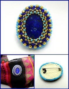 Broche lapis-lazuli et perles brodées