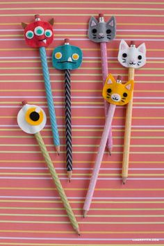 You and the kids can make these adorable felt pencil toppers using these fab pat.You and the kids can make these adorable felt pencil toppers using these fab patterns from handcrafted lifestyle expert Lia Griffith. Felt Crafts Kids, Diy Crafts For Kids Easy, Felt Crafts Patterns, Cat Crafts, Paper Crafts, Easy Diy, Crafts With Felt, Pencil Topper Crafts, Pencil Toppers