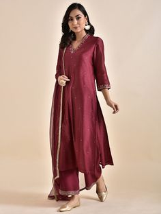Red Embroidered Chanderi Kurta with Voile Lining Silk Kurti Designs, Kurta Designs Women, Kurti Designs Party Wear, Blouse Designs, Salwar Designs, Pakistani Wedding Outfits, Pakistani Dresses, Indian Dresses, Indian Outfits